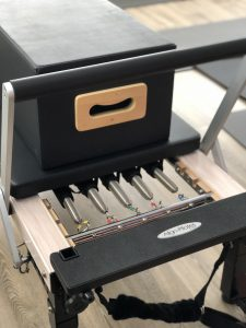 Reformer bed springs and box